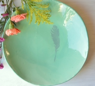 feather-ceramic-large-serving-bowl